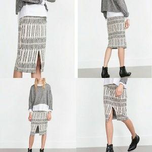 Zara | Trafaluc Form Fitting Pencil Skirt Sz S